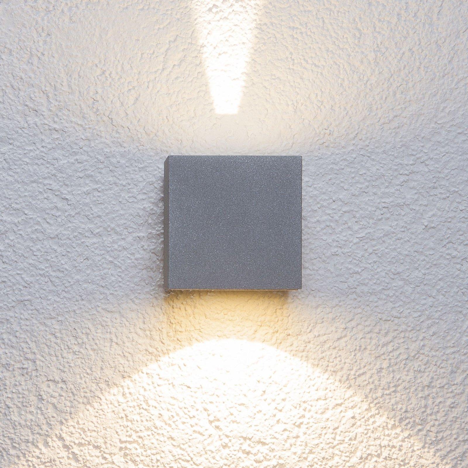 Utendørs Jarno LED-vegglampe, terningformet sølv