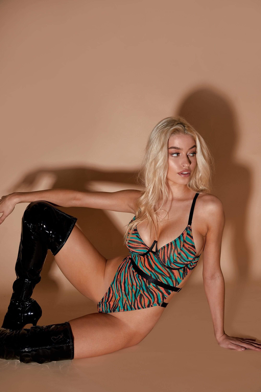 Regalia Binx Zebra Print Body UK 18 / US 14