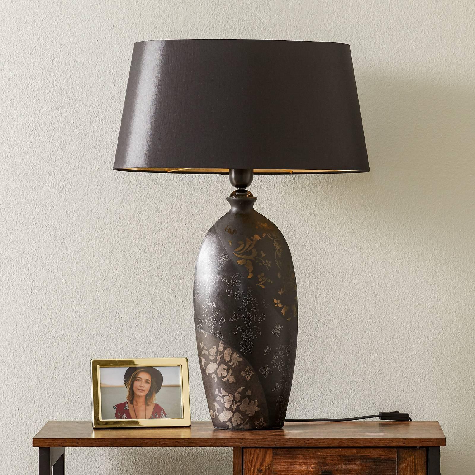 Bordlampe Mary, keramikk og chintz, høyde 66 cm