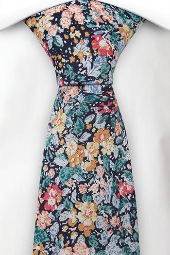 Bomull Slips, Flerfargede blomster & blader på mørkt marineblått, Blå, Blomster