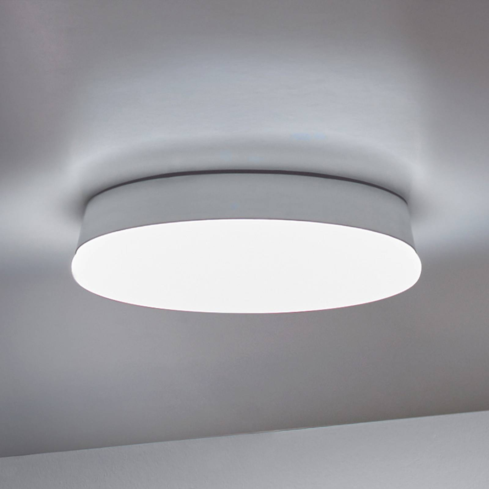 LEDS-C4 Circle -LED-kattovalaisin lasia