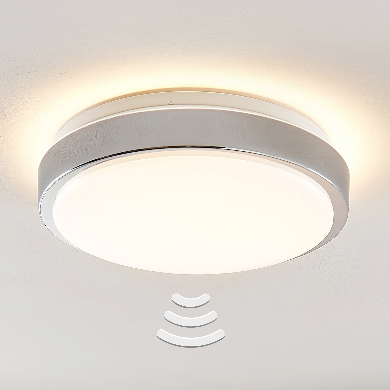 Lindby Camille LED-sensor-taklampe Ø33cm krom