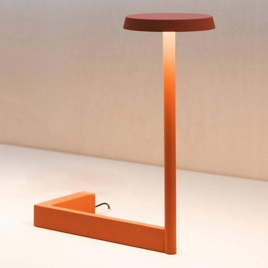 Vibia Flat LED-bordlampe høyde 30 cm terrakotta
