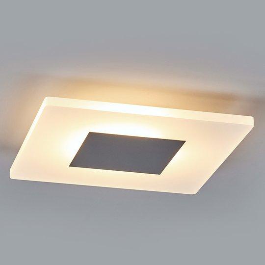 Tarja - kulmikas LED-kattovalaisin