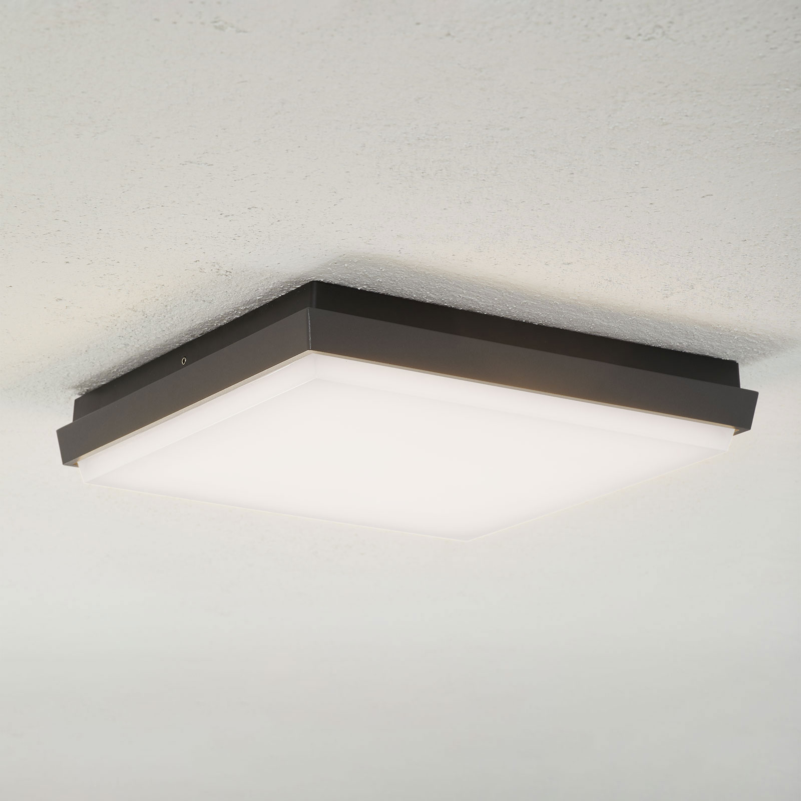 Lucande Amra -LED-ulkokattovalo, kulmikas 30 cm