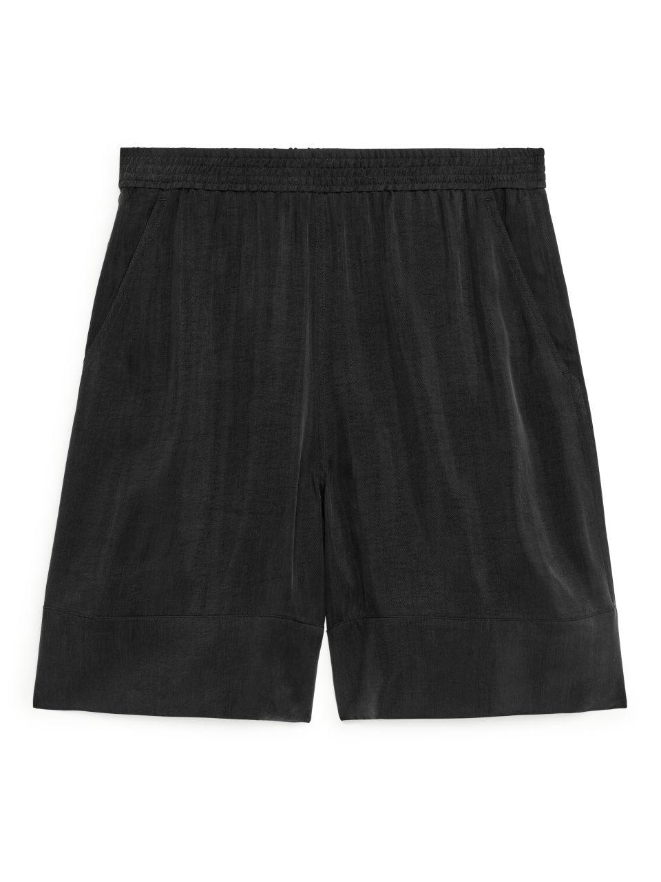 Fluid Cupro Shorts - Black