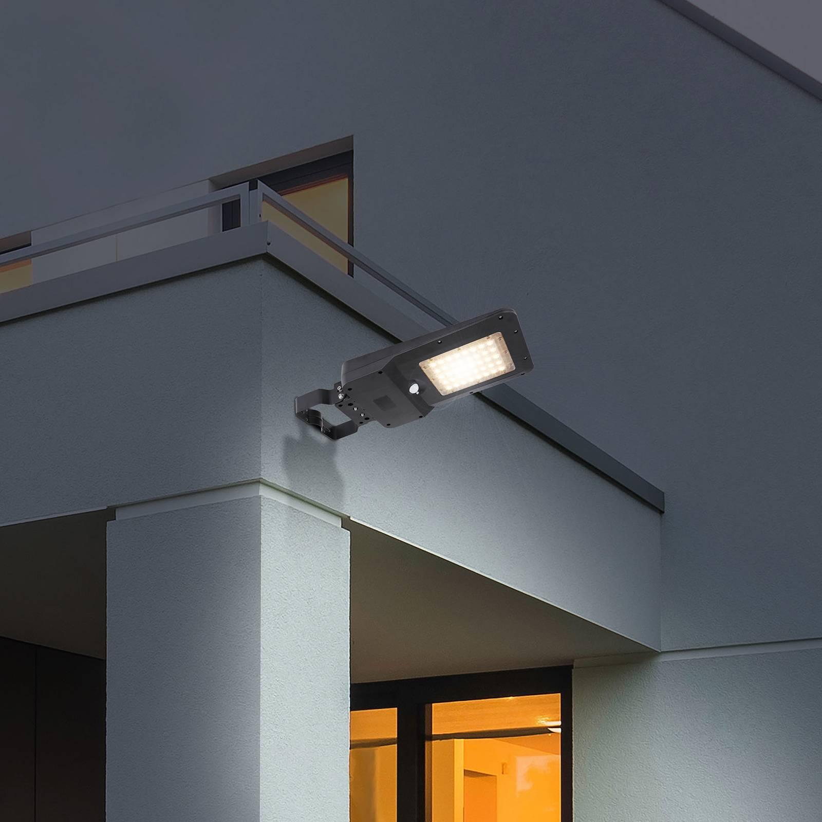 LED-aurinkoseinälamppu 36486 energiansäästötilalla