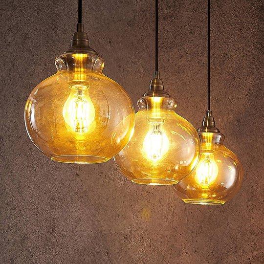 Lindby Tymoni -riippuvalaisin, 3-lamppuinen, lasia