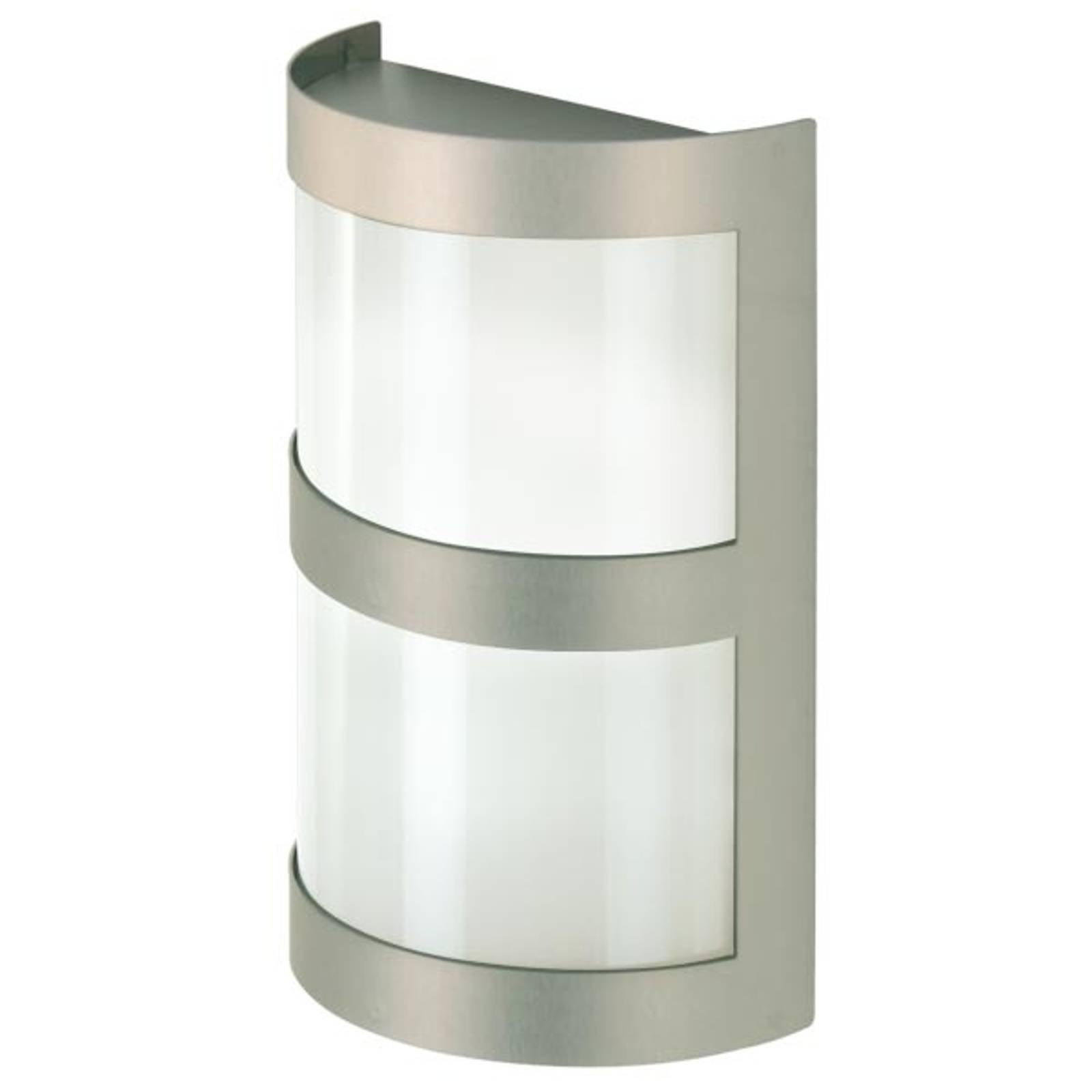 Vegglampe i rustfritt stål. Produsert i Tyskland