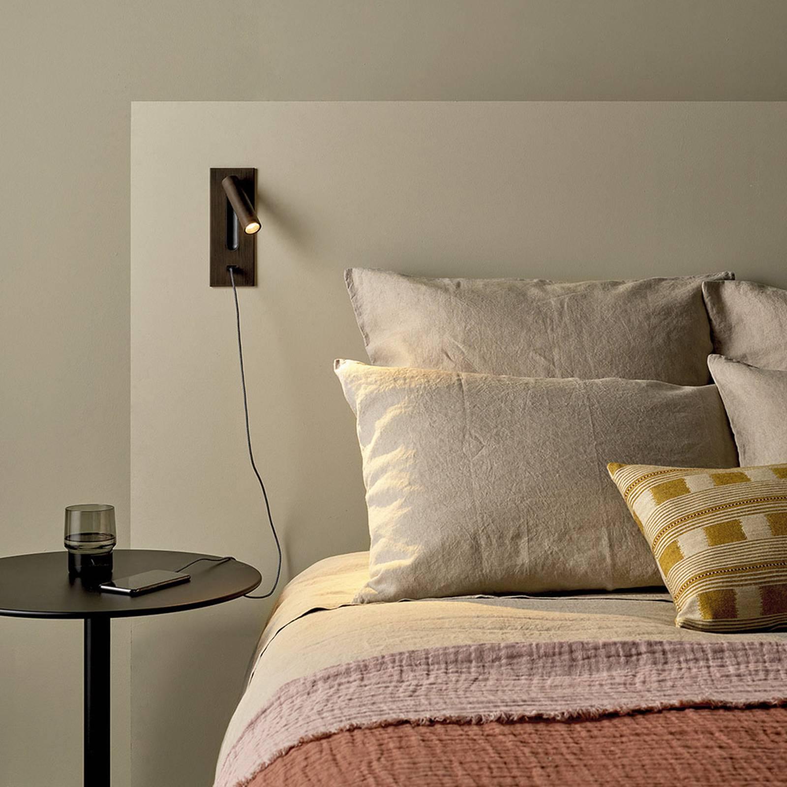 Astro Fuse LED USB -LED-seinäuppovalaisin, kromi