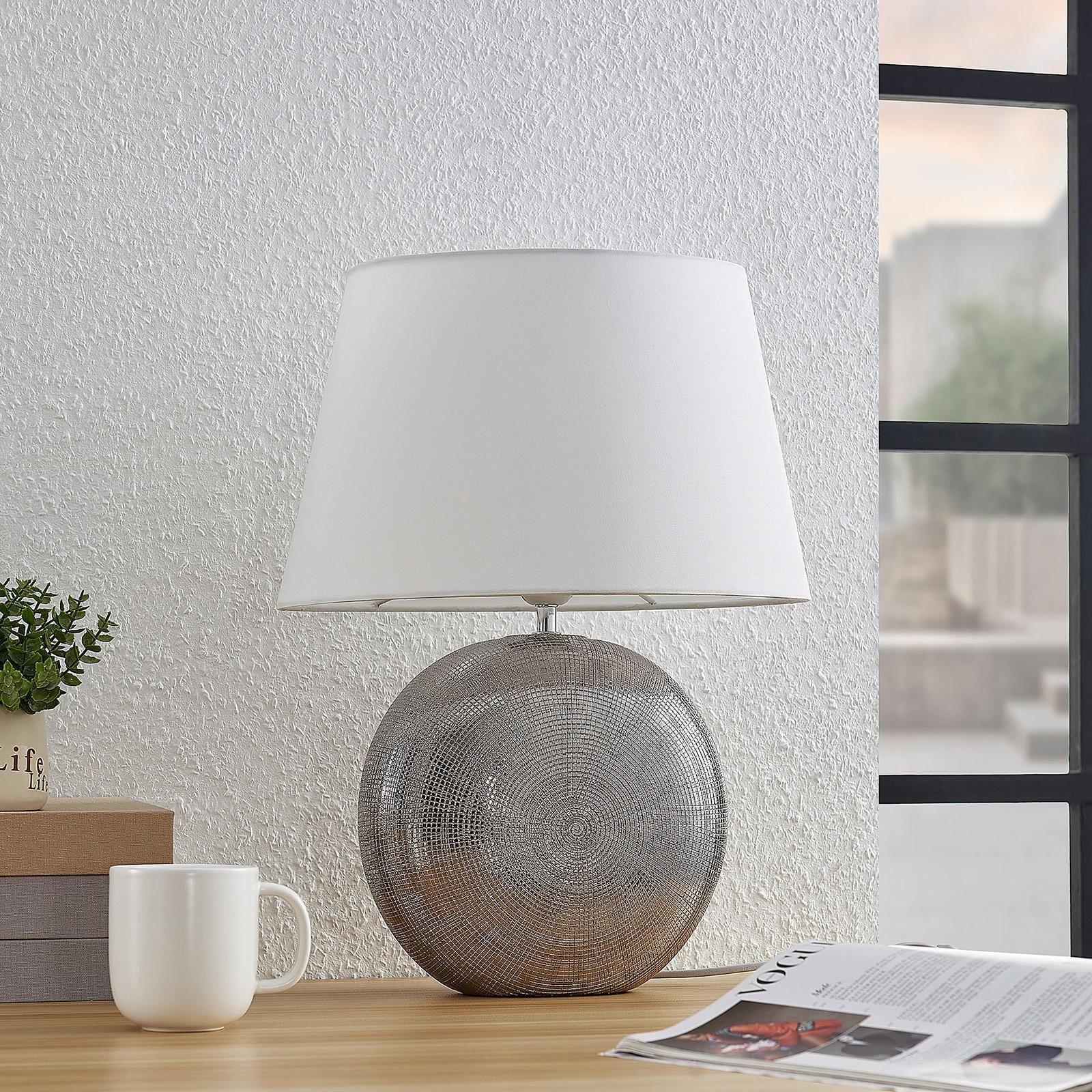 Lindby Florentino -pöytälamppu, kangas, keramiikka