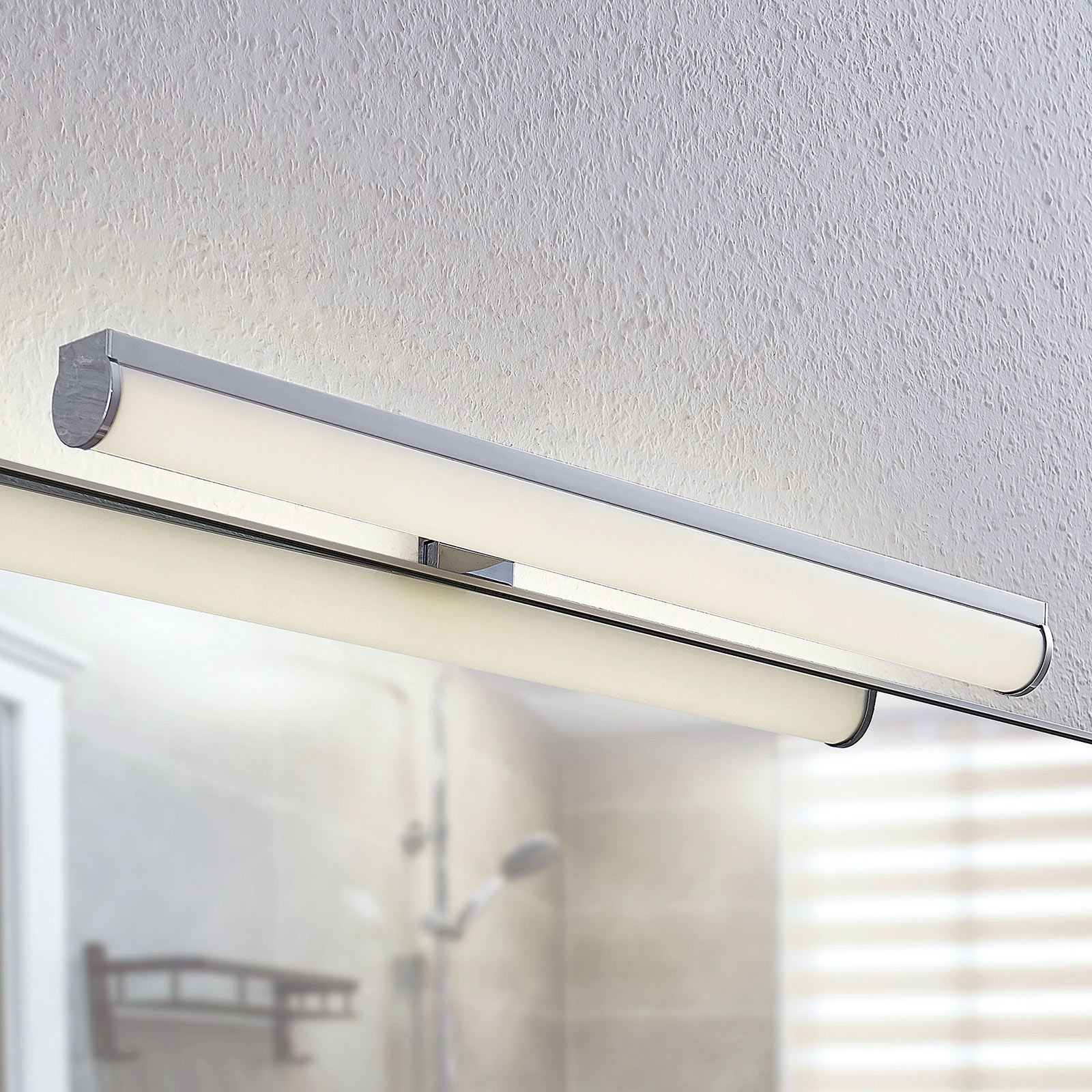 Kylpyhuoneen LED-peililamppu Irmena, 50 cm