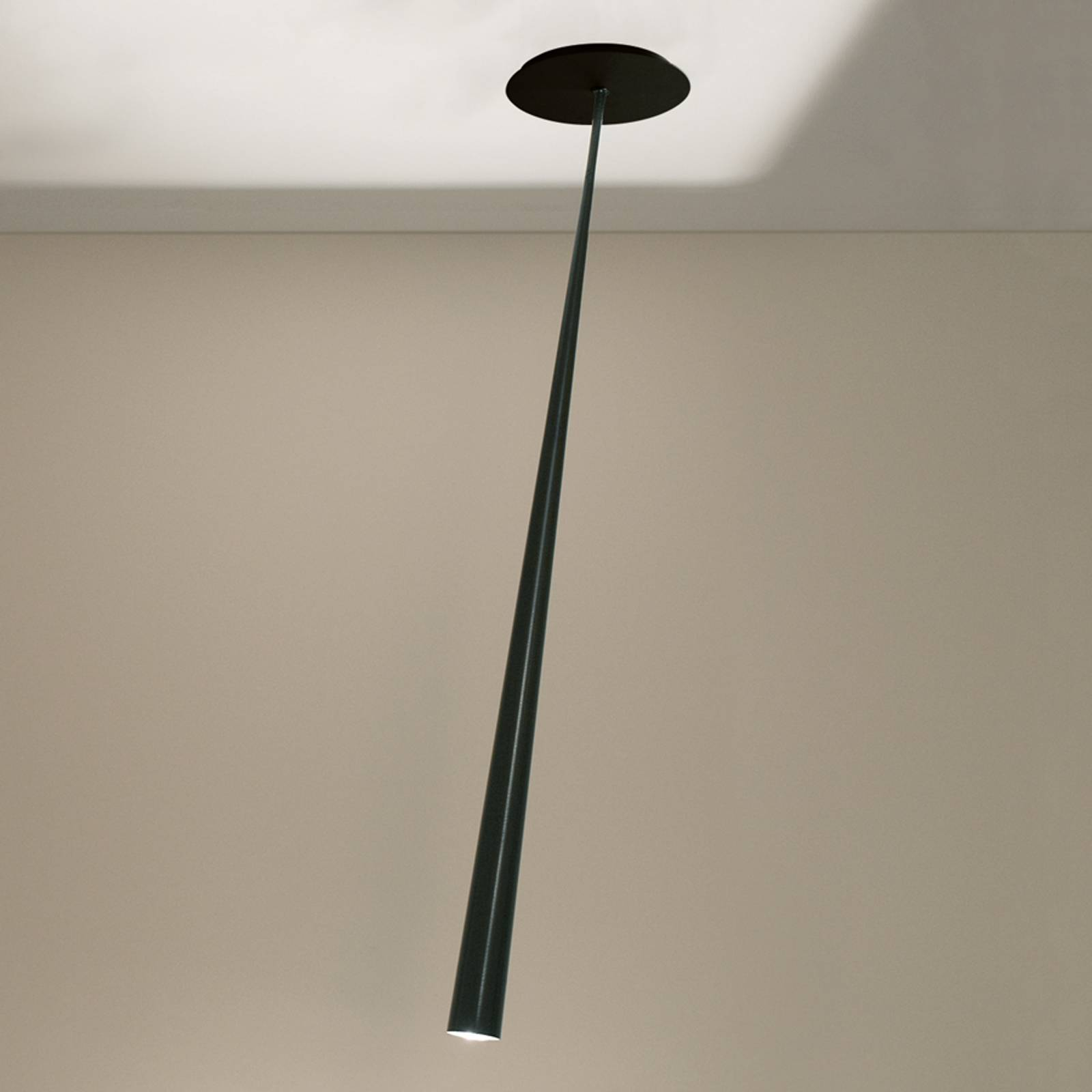 Drink-design-riippuvalaisin, musta, 175 cm