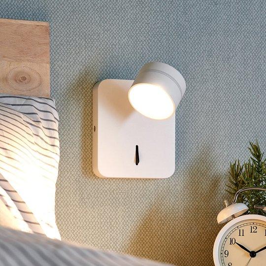 Liikuteltava valkoinen LED-seinävalo Vidda, kytkin