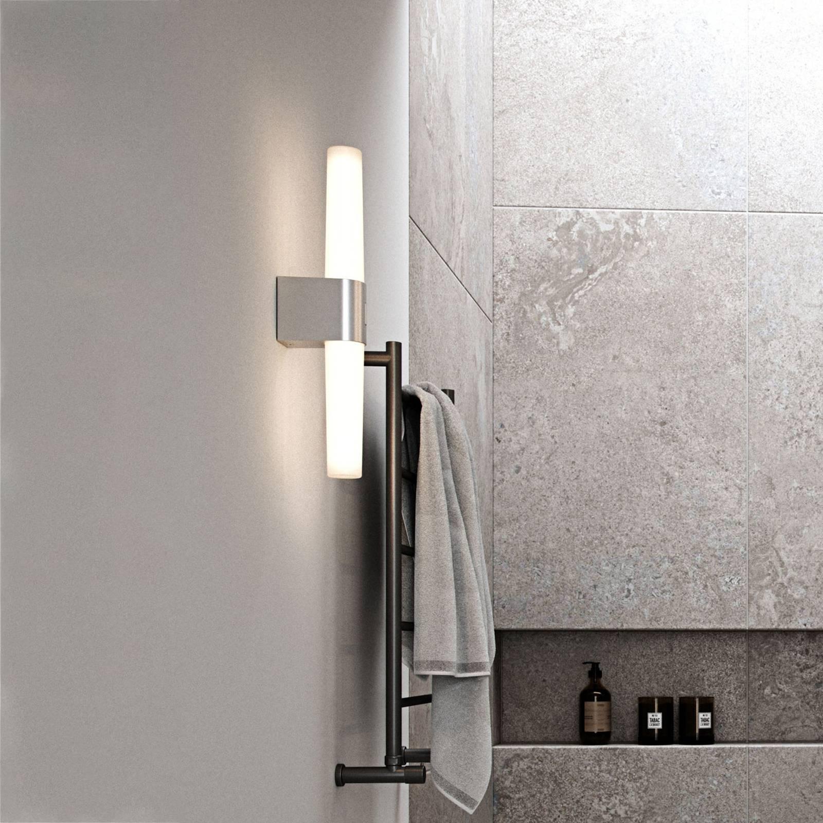 Kylpyhuoneen LED-seinälamppu Helva Double, kromia