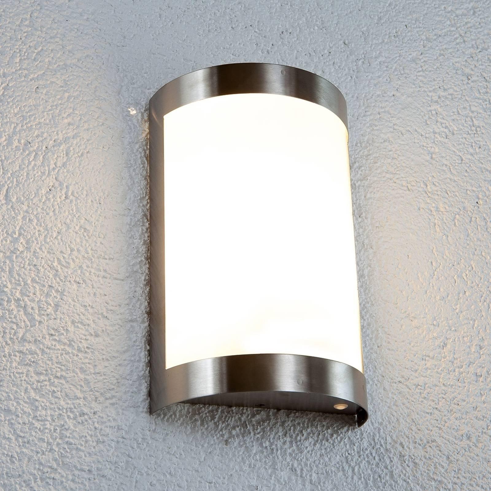 Vegglampe i rustfritt stål