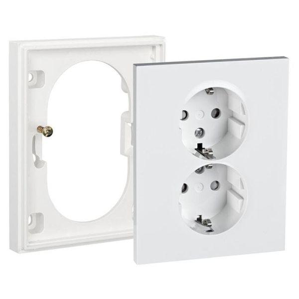 Elko Plus Forhøyningsramme med deksel, for 2-veis vegguttak