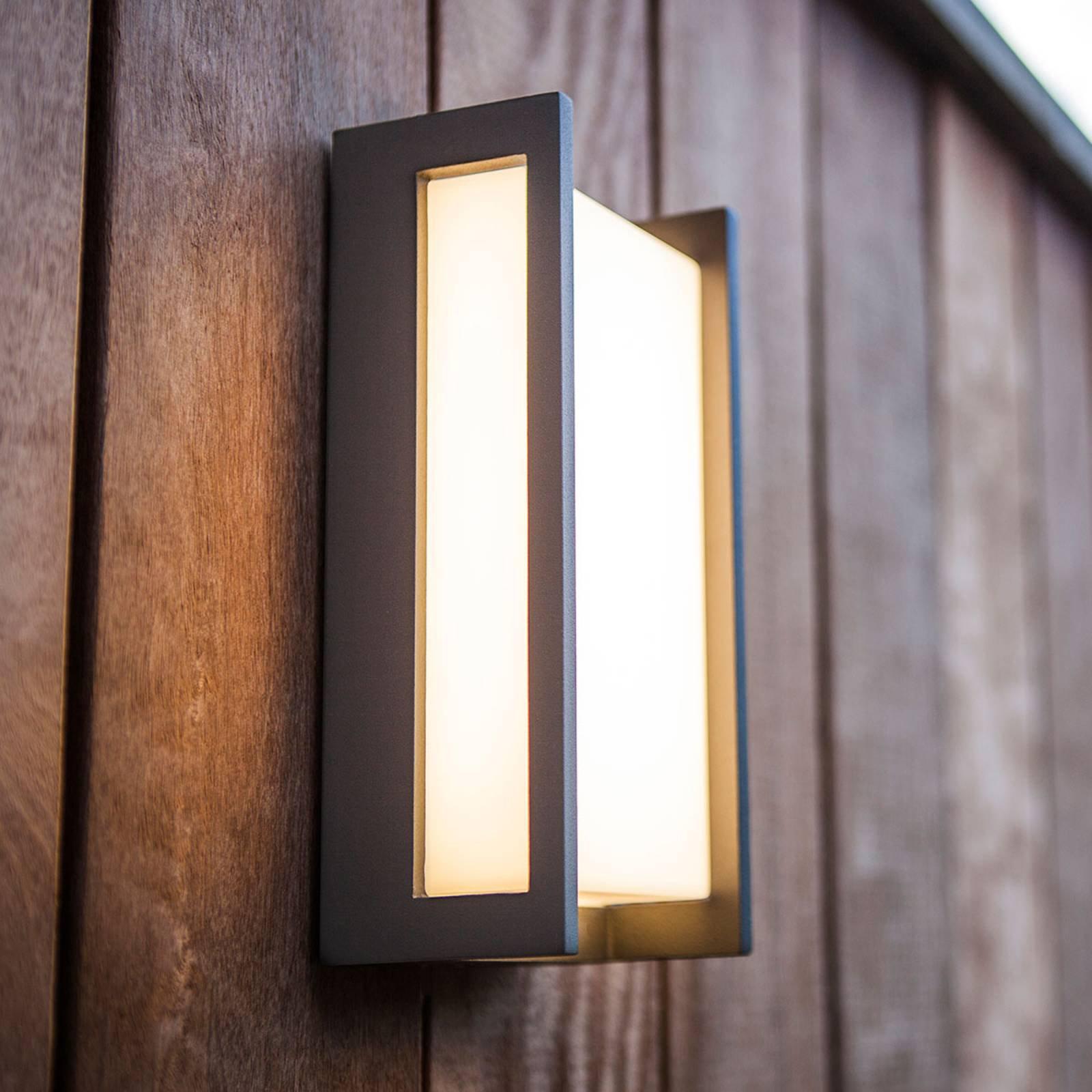 Utendørs LED-vegglampe Qubo, 11 cm x 22 cm