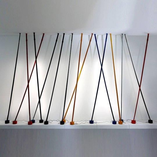 Martinelli Luce Elastica bånd-gulvlampe, svart