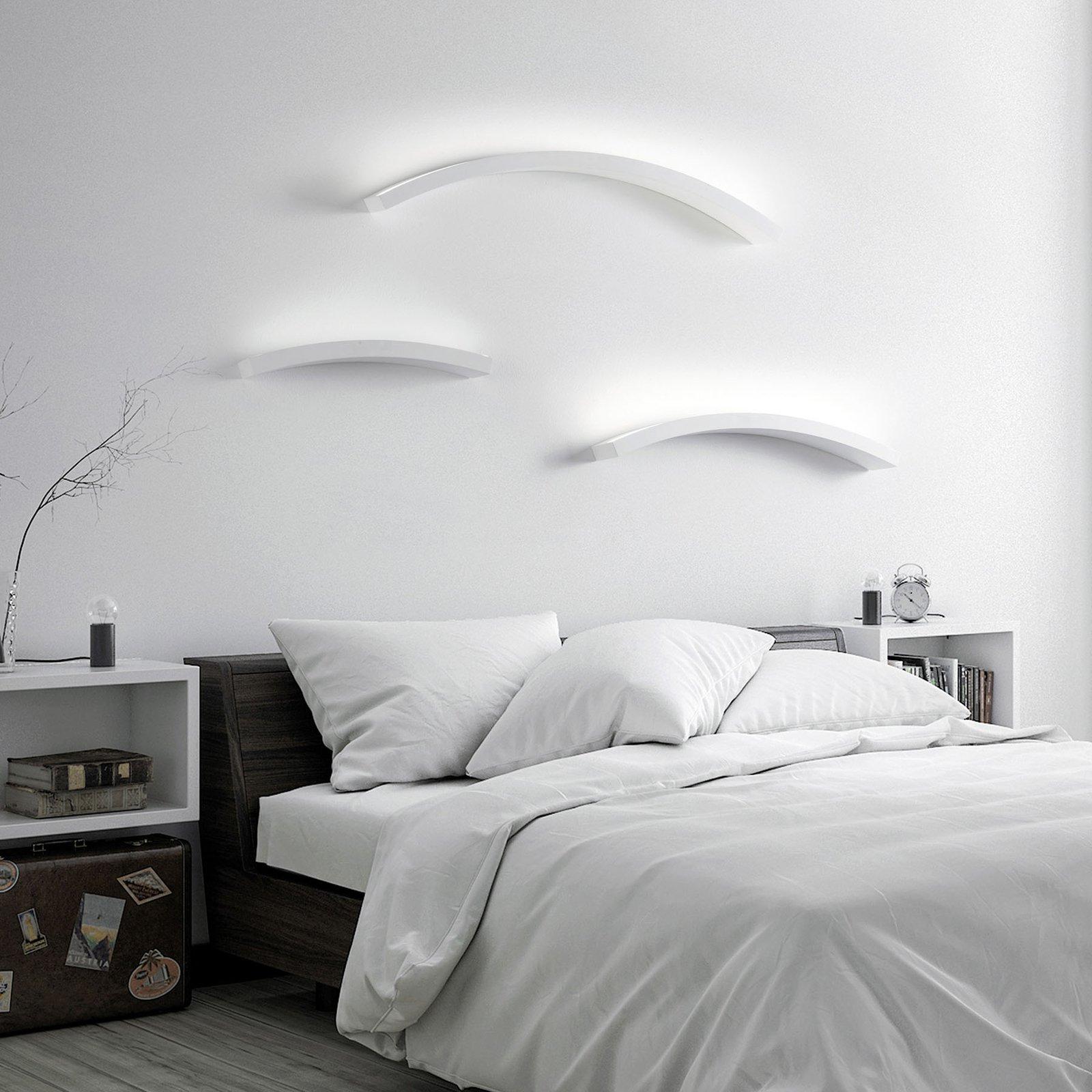 LED-vegglampe Melossia, stråler opp, 76,5 cm