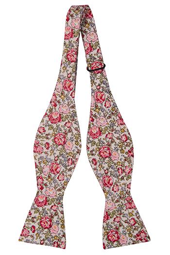 Bomull Sløyfer Uknyttede, Babyrosa bakgrunn med blomster i rosa, blå & gul