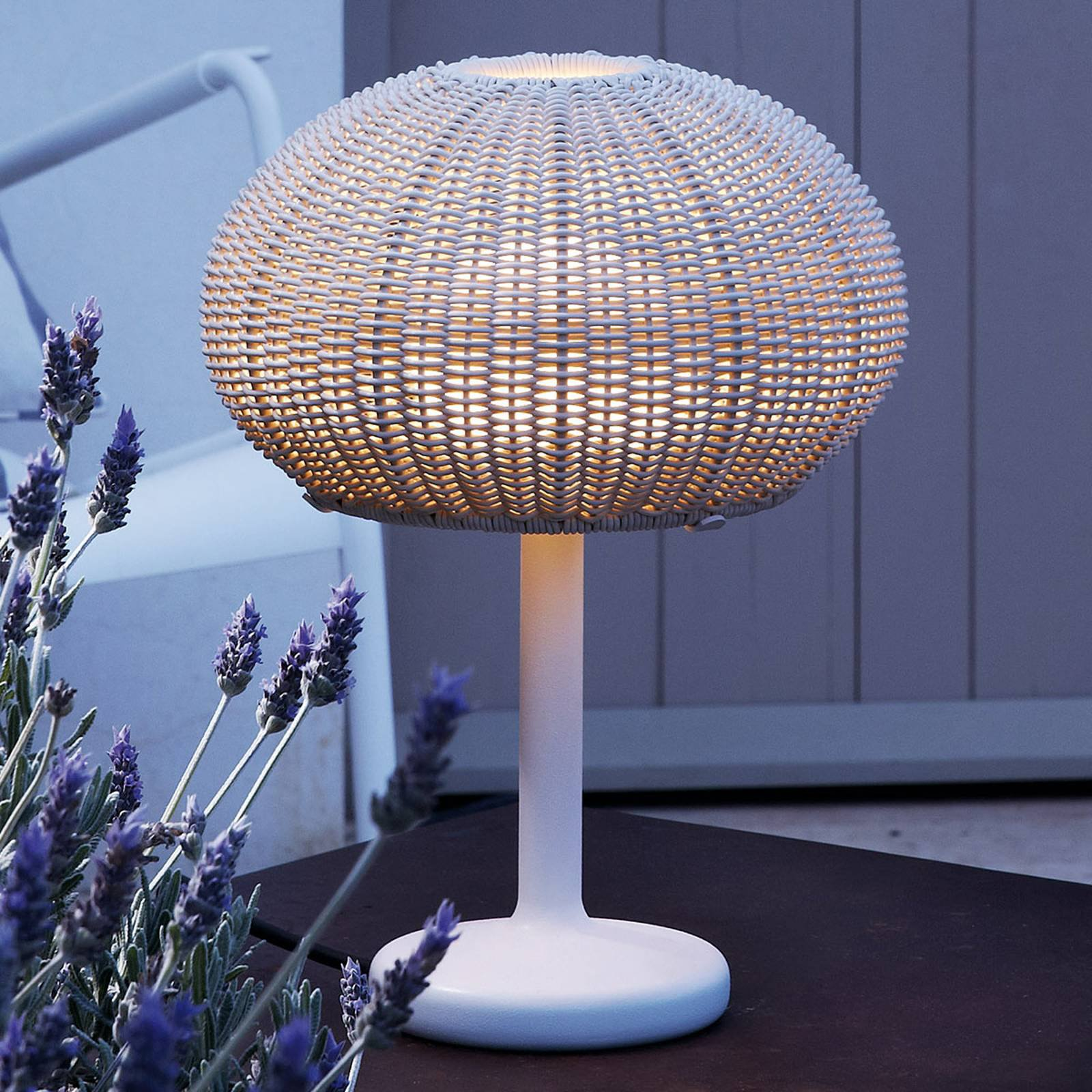 Bover Garota Mini utendørs LED-bordlampe