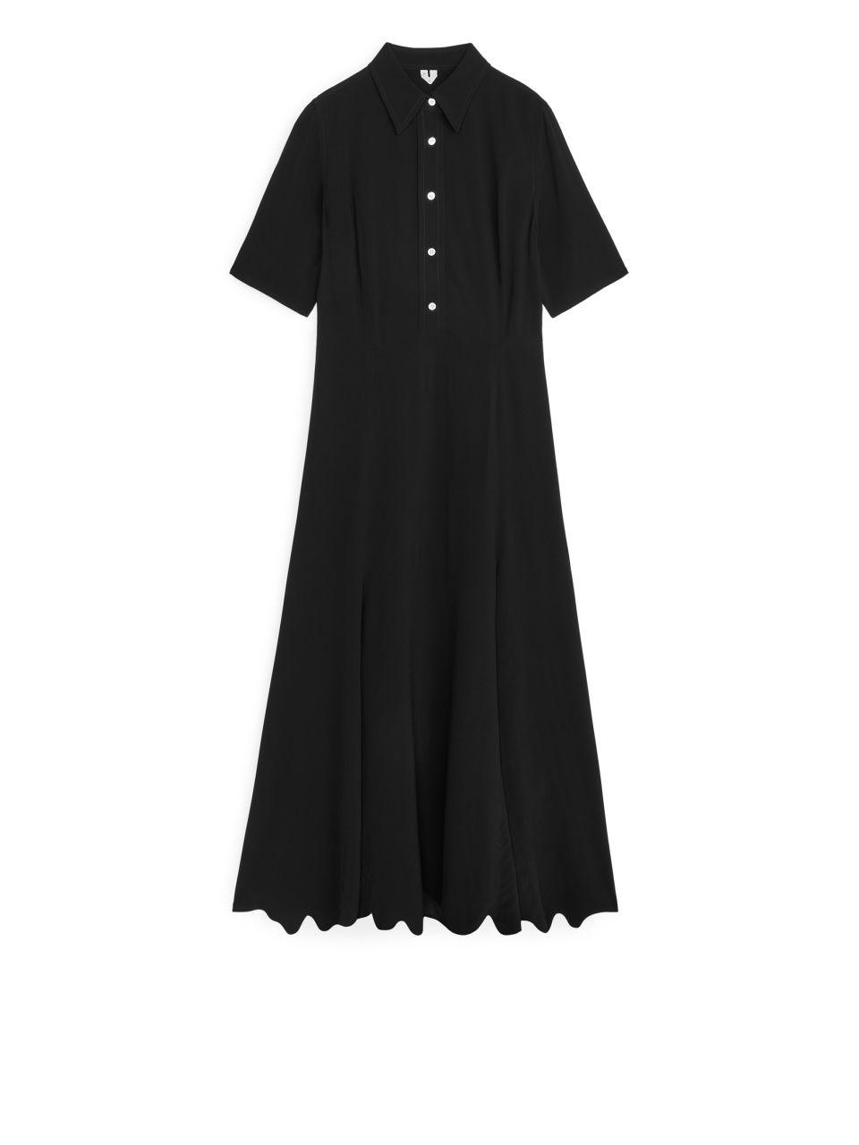 Short-Sleeved Crêpe Dress - Black