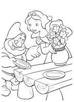 Раскраска Белоснежка с вазой цветов