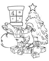 Раскраска Дед Мороз раскладывает подарки под ёлкой