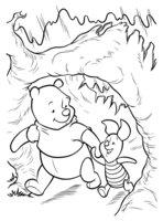 Раскраска Винни и Пятачок гуляют в лесу