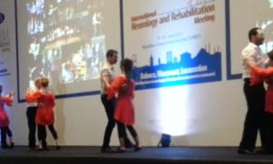 Felç ve serebral palside dansla terapi