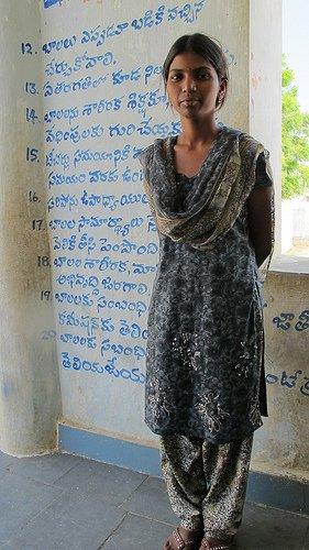 2011_11-Sumalantha-MV-Foundation-project -PHOTO-CREDIT-Tom-Shore-The-Elders MEDIUM