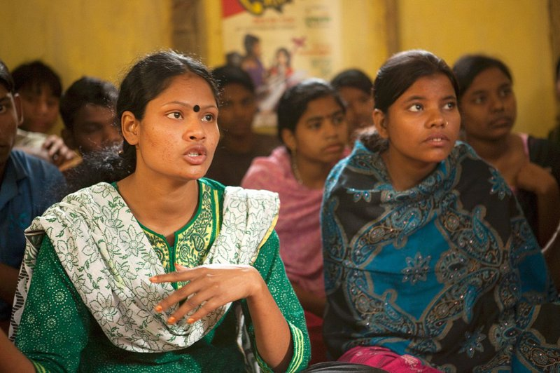 Bangladesh-and-child-marriage-SRHR-youth-group-1024x682.jpg