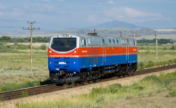A TE33A locomotive operating in Kazakhstan. Photo: Kabelleger / David Gubler.