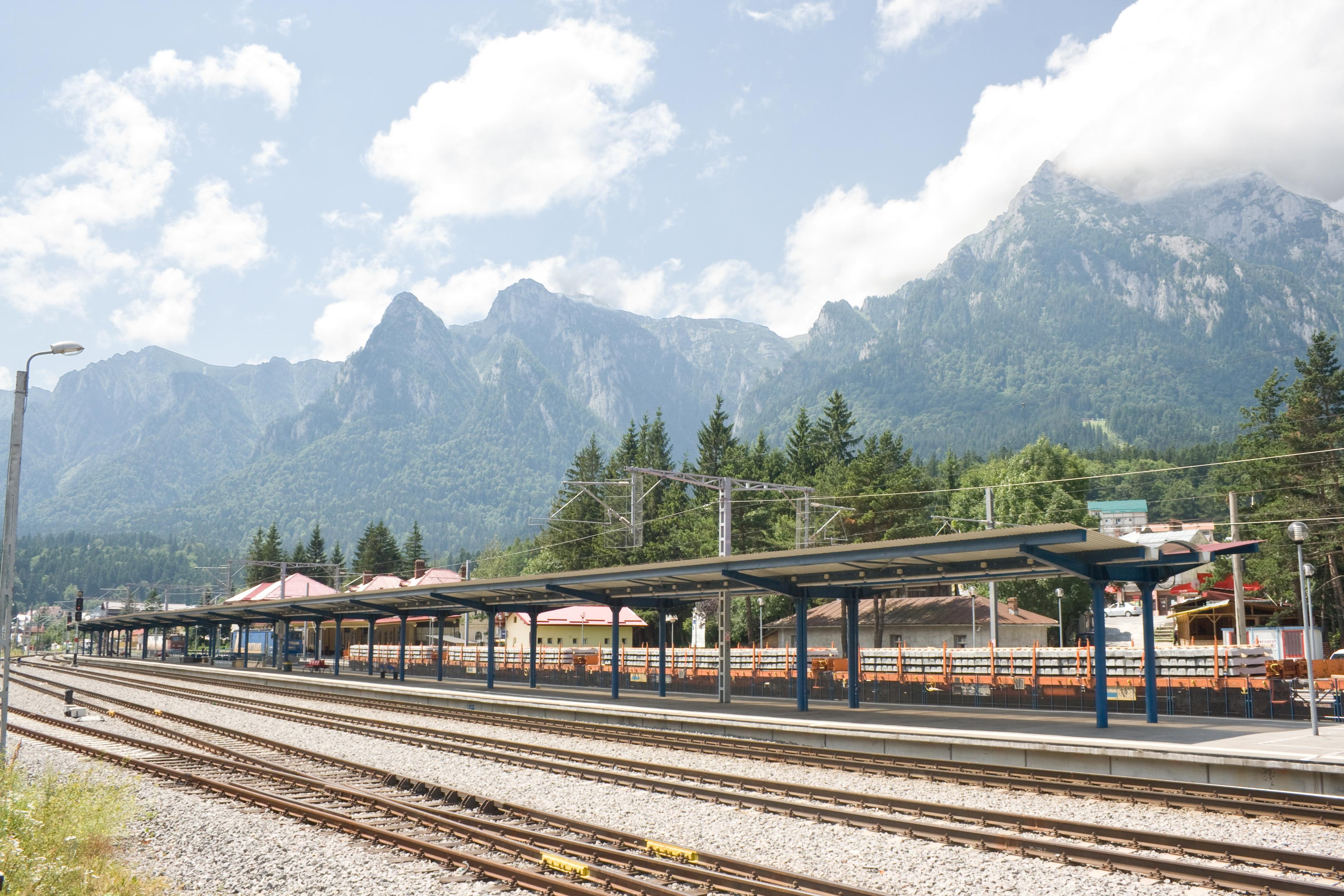 Romania awards contracts to modernise 80km of railway to strengthen European links