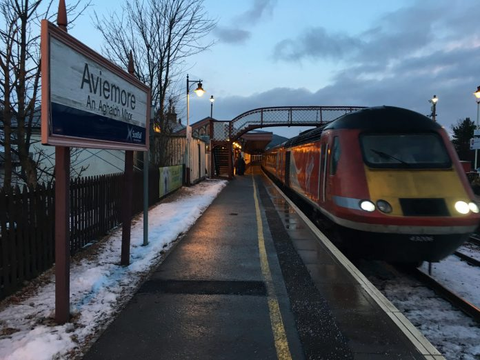 A Virgin East Coast HST at Aviemore station.