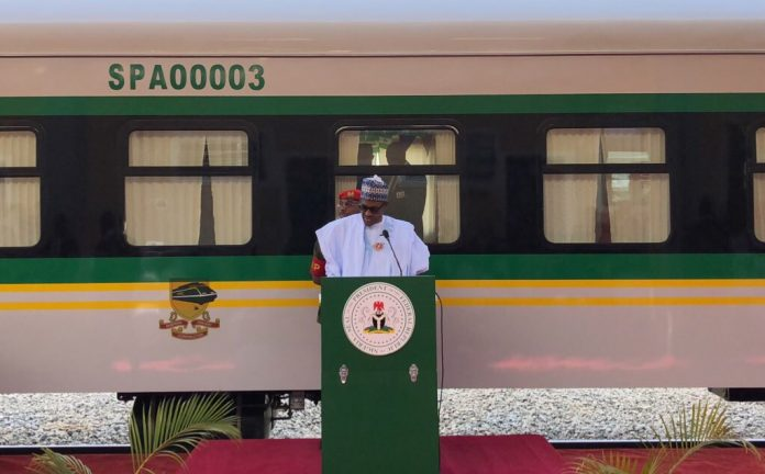 President Buhari commissions the new rolling stock. Photo: The Nigerian Government.