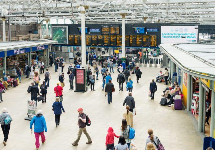 Edinburgh Waverley station. Photo: georgeclerk.