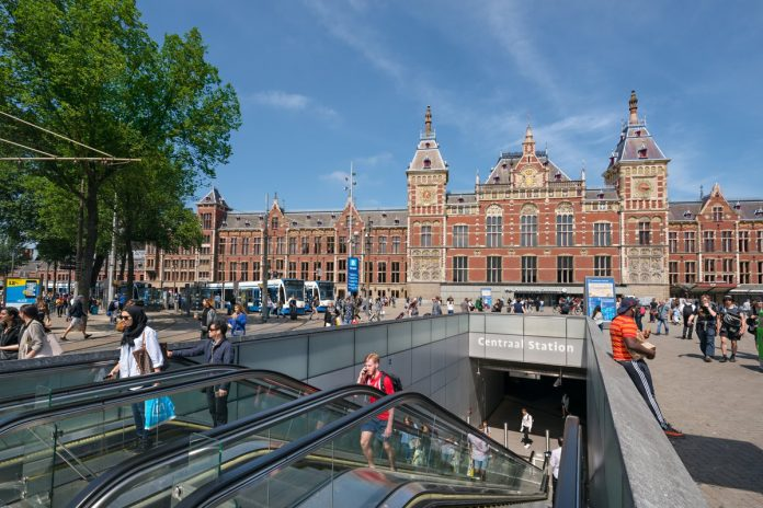 Entrance of Amsterdam Central station. Photo: Benthem Crouwel Architects/Jannes Linders.