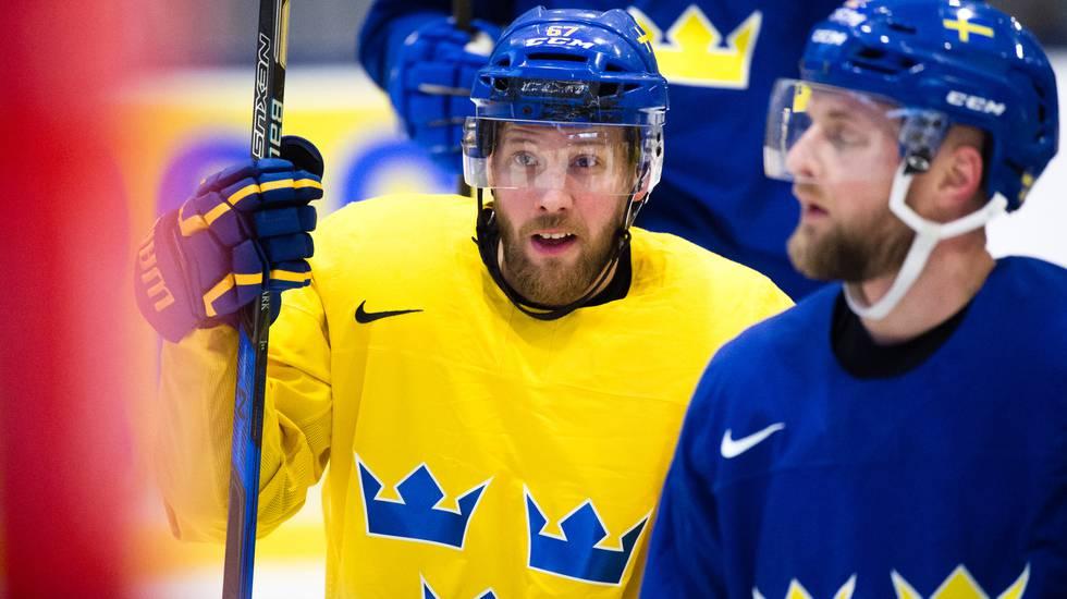 Bekräftat: Svenske pucktrollaren lämnar KHL för spel i Schweiz