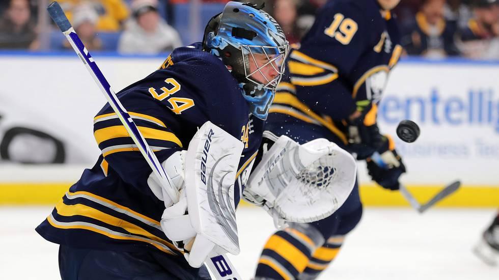 Ullmark på väg tillbaka – då skickas svenske keepern ner i AHL