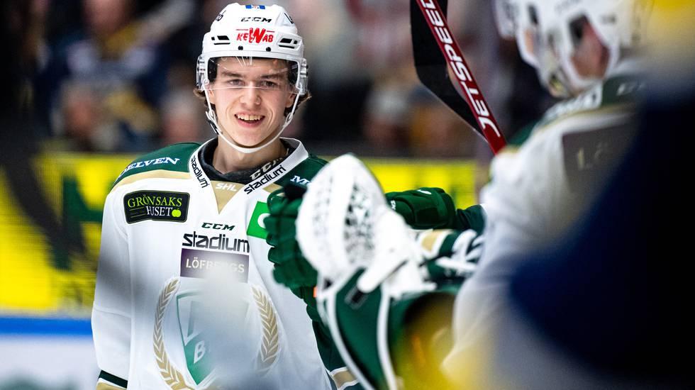Talangfulle backen tog plats i Färjestad – nu skriver han NHL-kontrakt