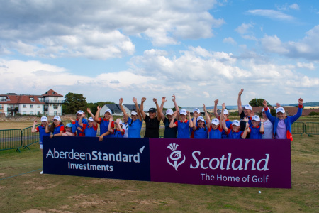 GOLF PROS TEE UP WORLD-CLASS LESSON FOR EAST LOTHIAN GIRL GUIDES AT ABERDEEN STANDARD INVESTMENTS LADIES SCOTTISH OPEN