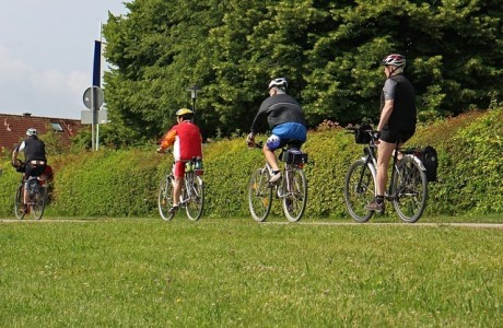bicicletta-verso-expo-FILEminimizer