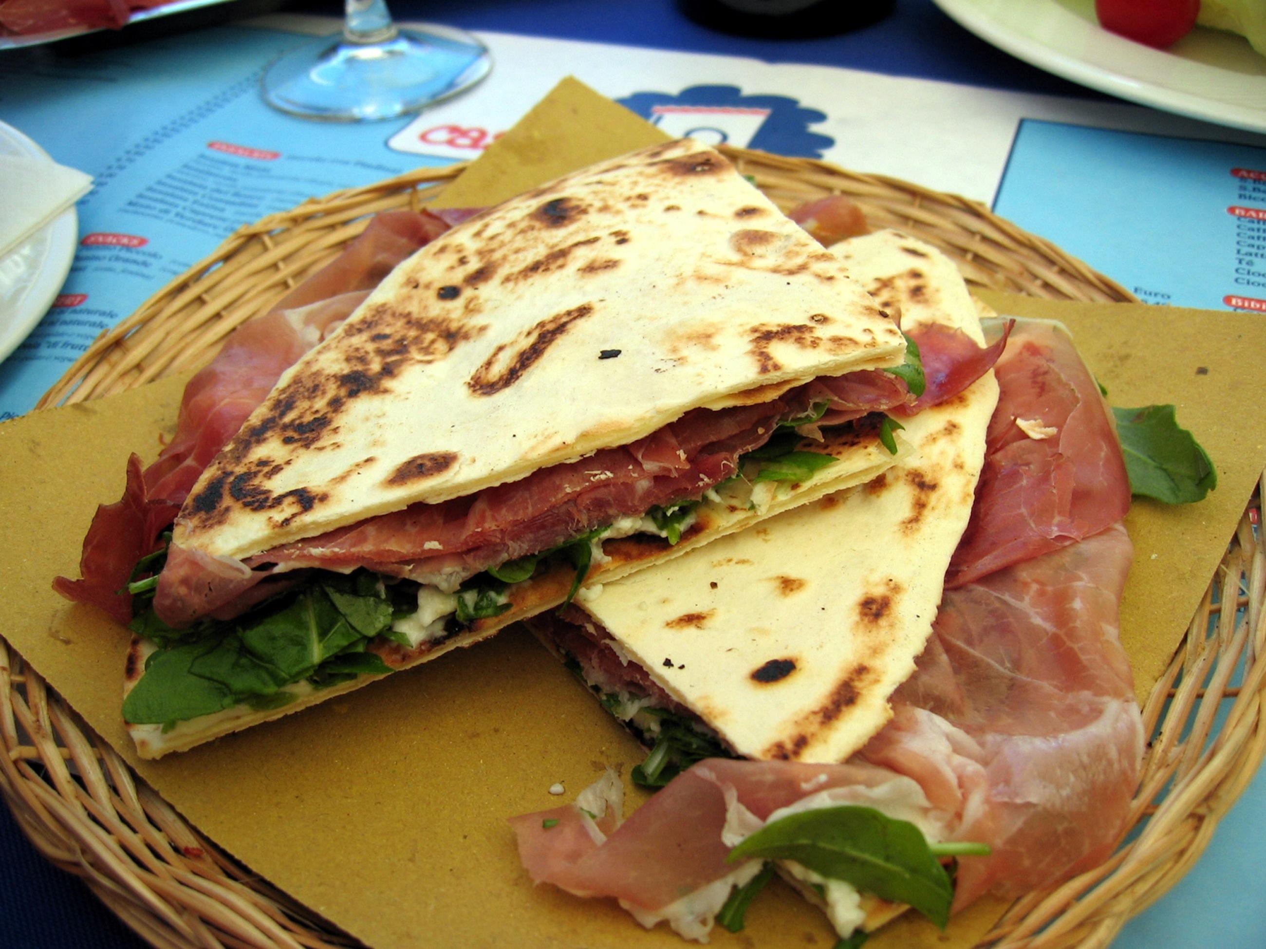 Piadina-romagnola