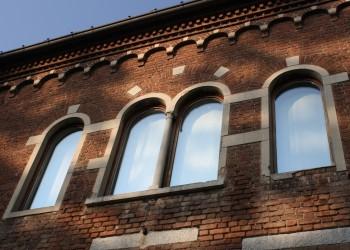 Palazzo_Leone_da_Perego_(Legnano)_-_finestre
