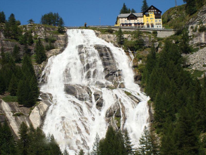 Apertura straordinaria della Cascata del Toce in Val Formazza ...