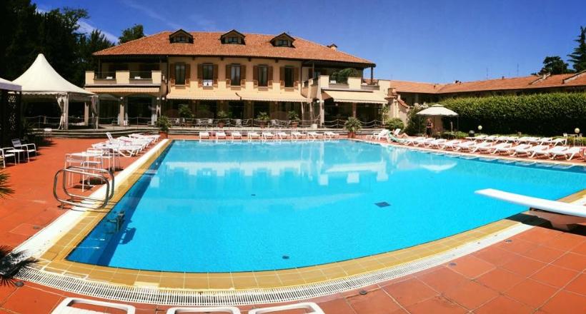L 39 hotel dei giardini riparte dall 39 estate sempione news - Piscina nerviano ...