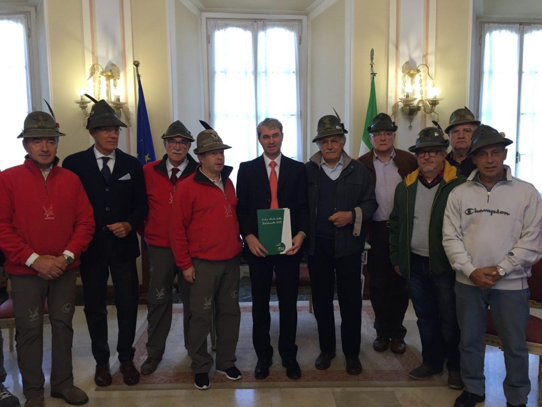 Libro Verde della Solidarietà 2015