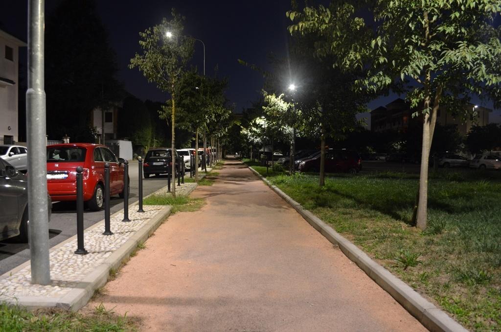 Nuove lampade a led a rho sempione news for Nuove lampade a led